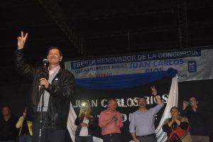 """Campo Viera: """"El triunfo será del pueblo, no mío"""", dijo Ríos en el cierre de su campaña"""