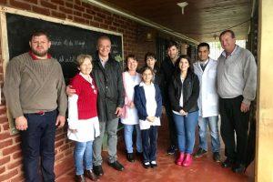 El candidato a vicegobernador, Carlos Arce visitó la localidad de Colonia Aurora