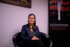 """Mariela Dachary: """"Los posadeños debemos elegir un modelo de gestión que los acompañe y defienda"""""""