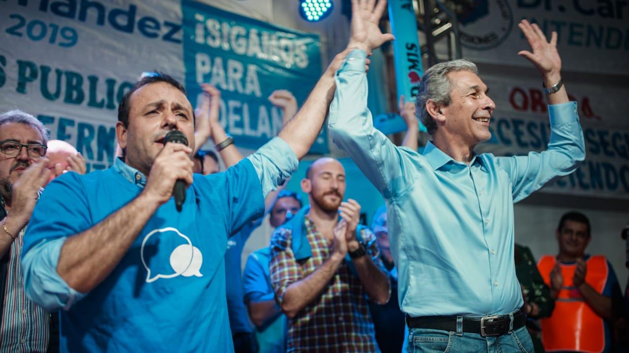 Multitudinario cierre de campaña de Carlos Fernández
