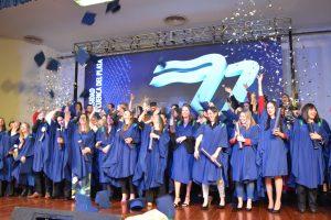 Más de sesenta nuevos profesionales recibieron su diploma de la Universidad de la Cuenca del Plata