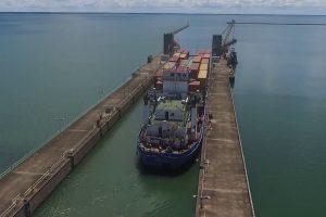 A contramano: Cancillería quiere utilizar a operadores paraguayos para el transporte fluvial en el NEA