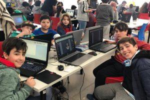 Vacaciones y hackatón de videojuegos en los centros Infinito por descubrir