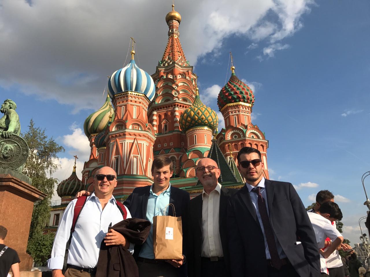 Con el envión del dólar, cinco empresas tealeras medianas fueron a reconquistar el mercado de Rusia