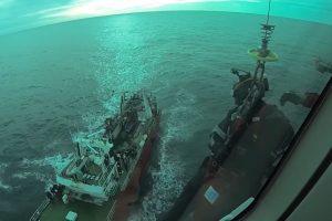 Cinematográfico operativo en el mar: Prefectura aeroevacuó a un tripulante de un pesquero