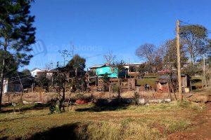 San Vicente: Reclaman acceso a servicios públicos para familias beneficiadas con el RENABAP