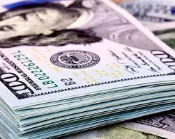 El dólar cerró en alza pero acumuló en noviembre una caída de 30 centavos