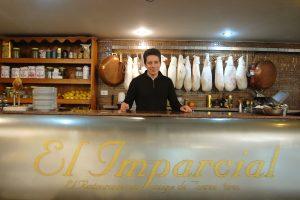 La increíble historia del misionero que empezó como lavaplatos y hoy es dueño del restaurante más antiguo de Buenos Aires