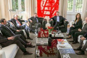 Macri almorzó con los gobernadores afines y referentes del oficialismo