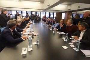 Gobernadores advierten que irán a la Corte para frenar recortes por medidas nacionales