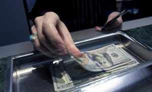 Los 10 puntos claves que hay que saber sobre el dólar turista