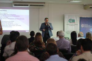 Emprendedores y empresarios se capacitaron en la CEM sobre herramientas de financiamiento