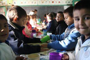 Misiones aumenta la partida destinada para los comedores escolares