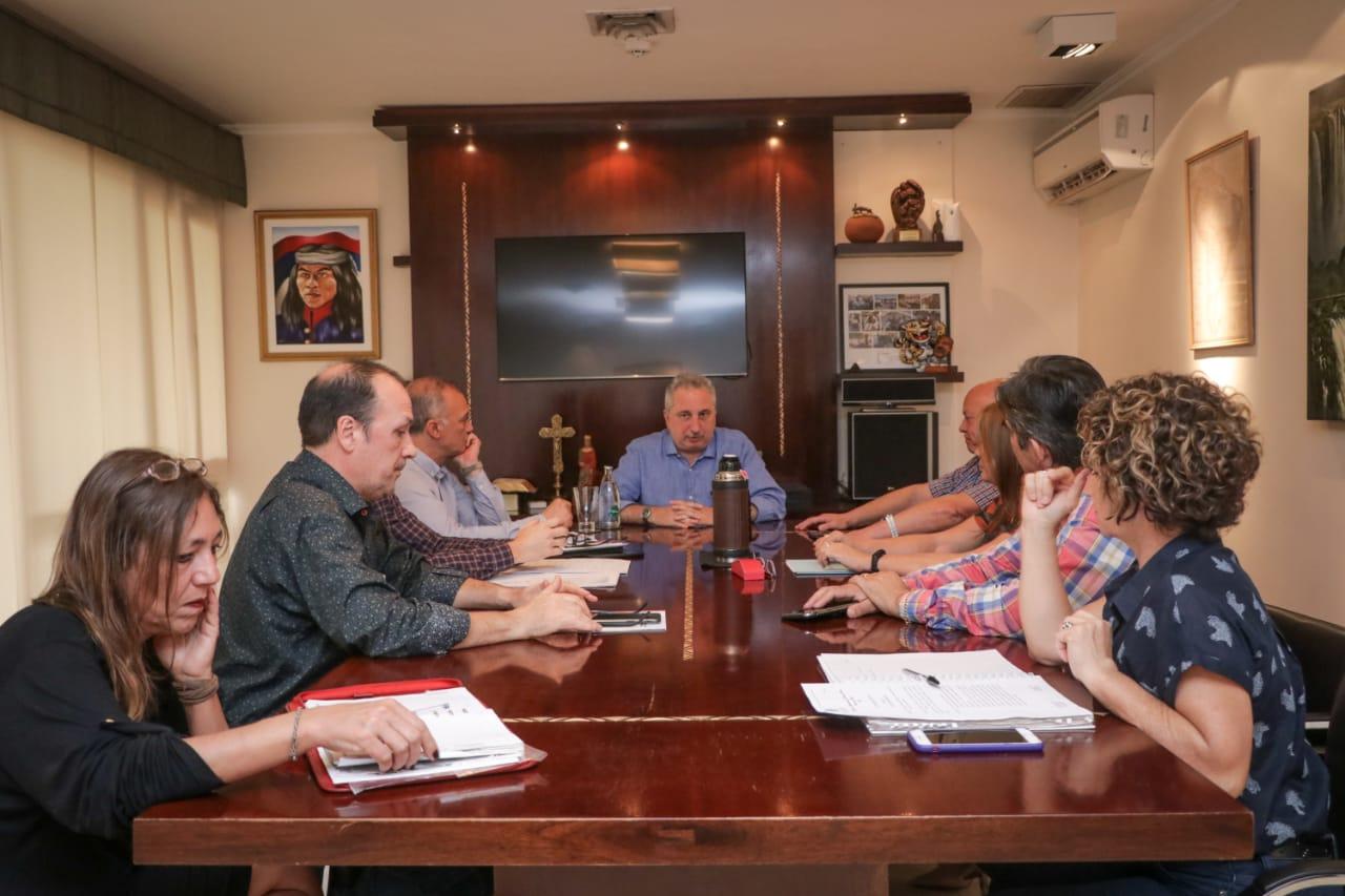 Passalacqua junto a su equipo avanzó en la reglamentación de la Emergencia Alimentaria