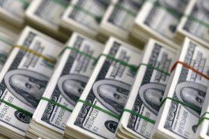 Reducción de la capacidad de ahorro en dólares: el cepo continuaría y ahora con un impuesto de 30 %