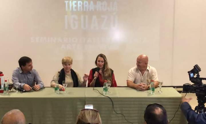 Presentaron en Iguazú el evento internacional Mujeres Tierra Roja