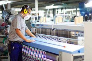 Textiles estiman que se perderán 50 mil puestos de trabajo en el sector al finalizar la gestión de Macri