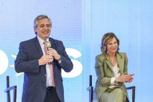 """Alberto Fernández: """"El domingo vamos a dar vuelta esta página negra que empezó en 2015"""""""