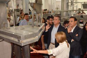 Chinos invirtieron 10 millones de dólares para reabrir un frigorífico en Corrientes