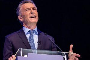 """Macri felicitó a """"todos los argentinos"""" y pidió """"paciencia mientras se cuentan los votos"""""""