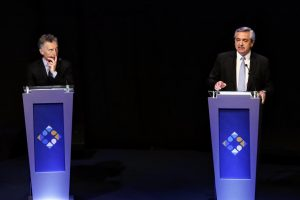 Un debate con más chicanas que propuestas de los candidatos