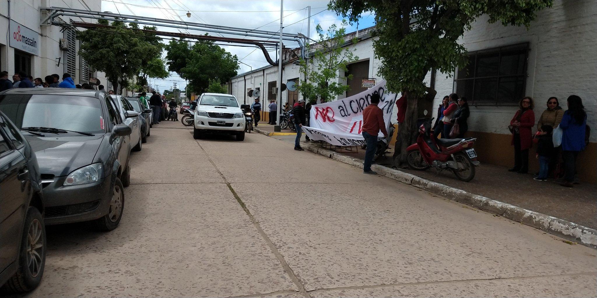 Tabaco: Massalin cerró su planta en Corrientes y despidió a 200 trabajadores