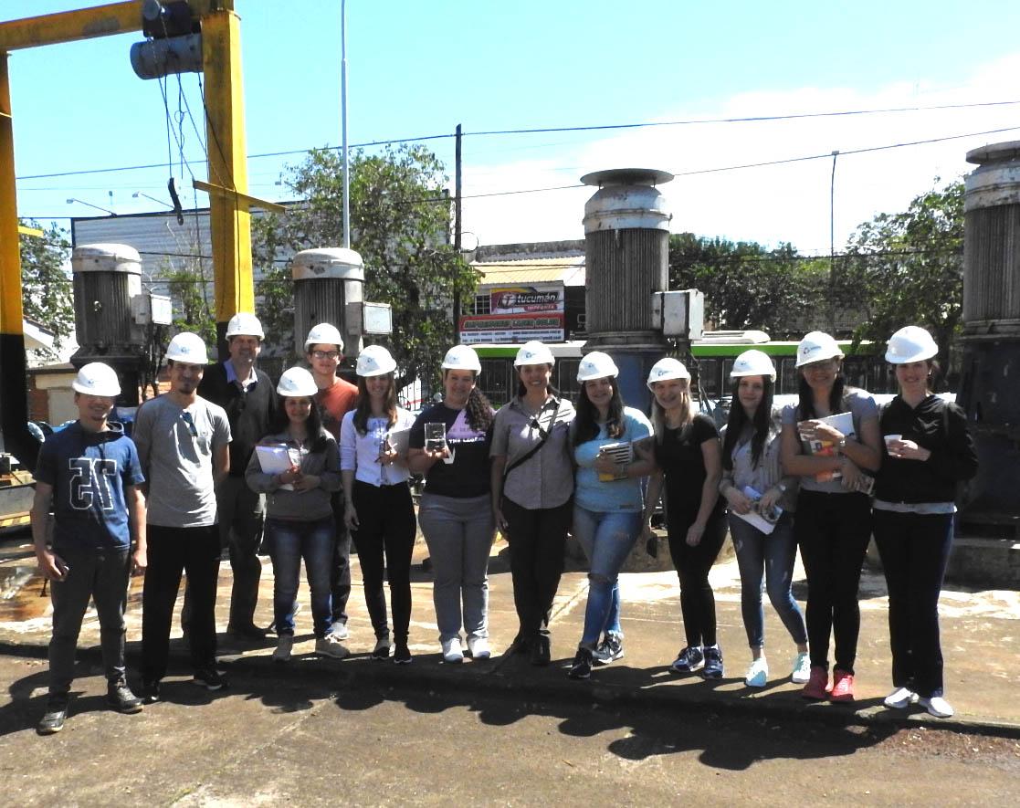 Alumnos de San Vicente se capacitaron en Samsa