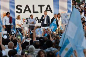 """En Salta, Macri prometió que """"en el futuro, el foco va a estar en el alivio"""""""