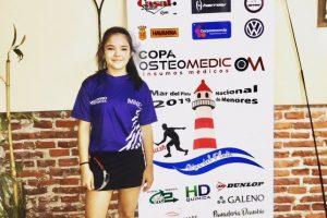 Con sólo 13 años, es una de las máximas promesas del squash argentino