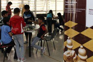 Festejos por los 10 años de ajedrez en la Biblioteca del Parque del Conocimiento
