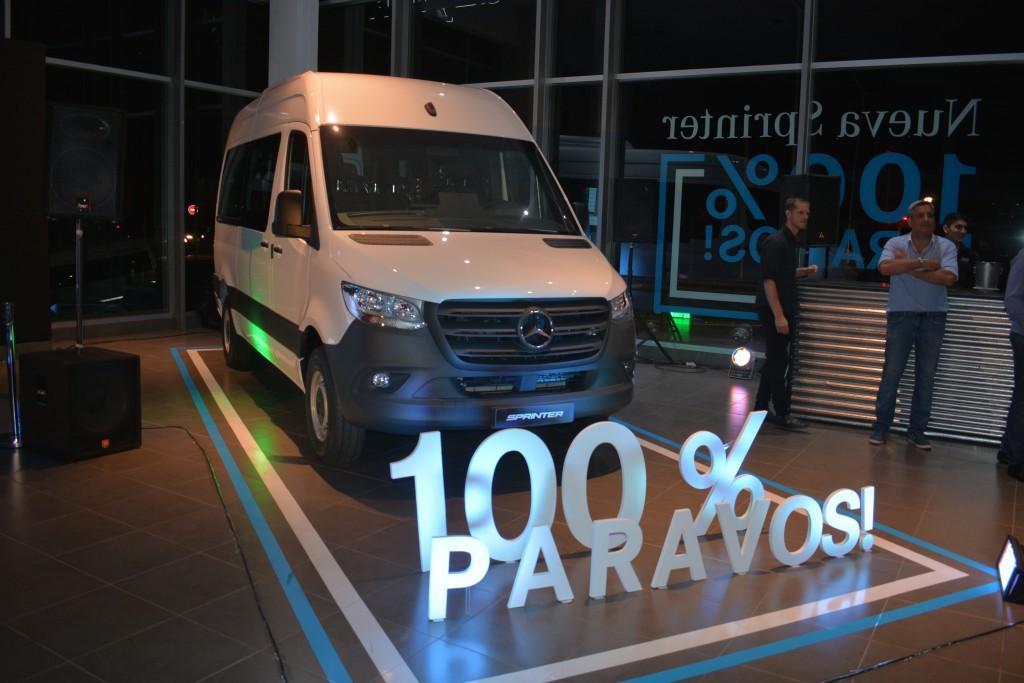 Bazyluk presentó la tercera generación de la Sprinter Mercedes Benz