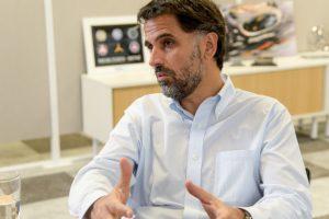 """CEO de Mercedes Benz reconoce que sostienen la producción """"con el auxilio del mercado externo"""""""
