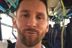 Messi bajó de su avión en Rosario, se subió a un colectivo vacío y después se fue en su camioneta