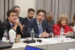 "Paritaria nacional docente: ""Empezamos a construir un gran acuerdo educativo"", afirmó Trotta"
