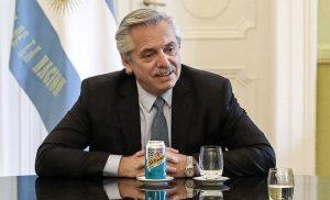 """Fernández: """"No debemos tolerar a los violentos que insultan y escrachan"""""""