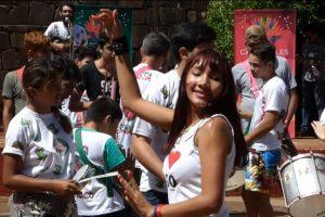 El Bosetti se vistió de música, magia y color con el lanzamiento de los carnavales del Río Posadas