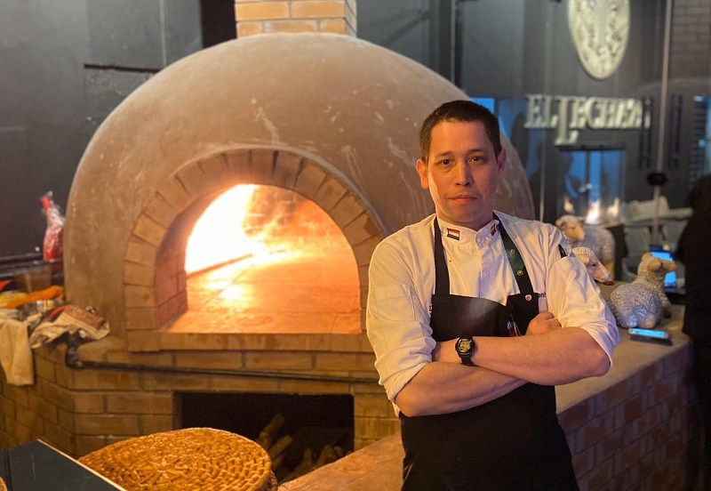 Chef paraguayo monta un restaurante de alta gama para atender a la realeza saudí