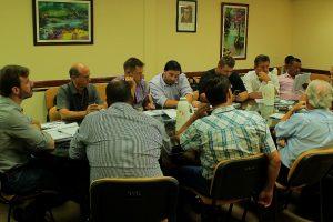 Reunión de tabacaleros para evaluar el costo de producción y fijar un valor para la negociación del 21/2