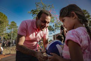 Herrera Ahuad inauguró un playón deportivo en Campo Grande