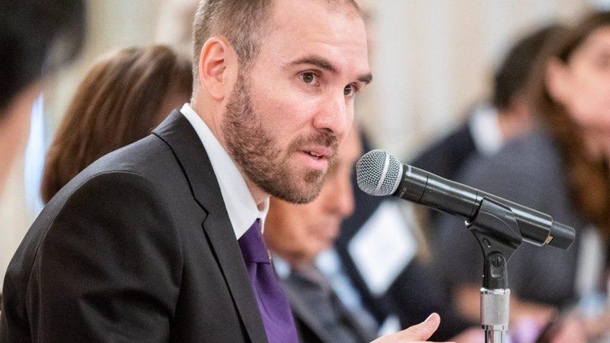 El Gobierno y los acreedores levantan la confidencialidad de las negociaciones por la deuda