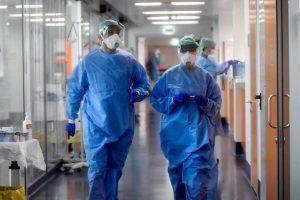 Otras 135 personas murieron y 12.725 fueron diagnosticadas con coronavirus en el país