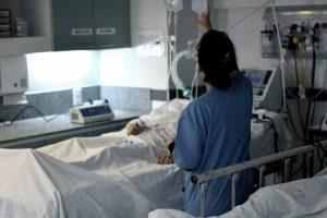 Suman 329 las víctimas fatales y 6.879 los contagiados de coronavirus en el país