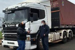 Salud Pública continúa con controles sanitarios a camioneros y  a quienes ingresan a la provincia en operativo vuelta a casa