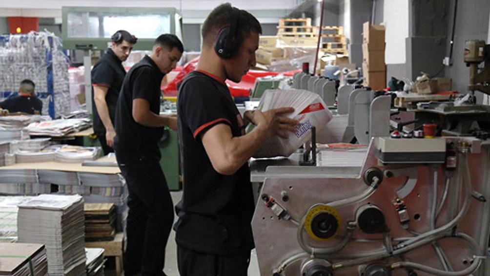 La cantidad de puestos de trabajo registrados marcó una baja de 1,8% interanual en diciembre