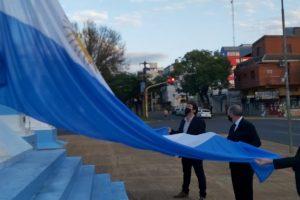 Stelatto conmemoró el Día de la Bandera