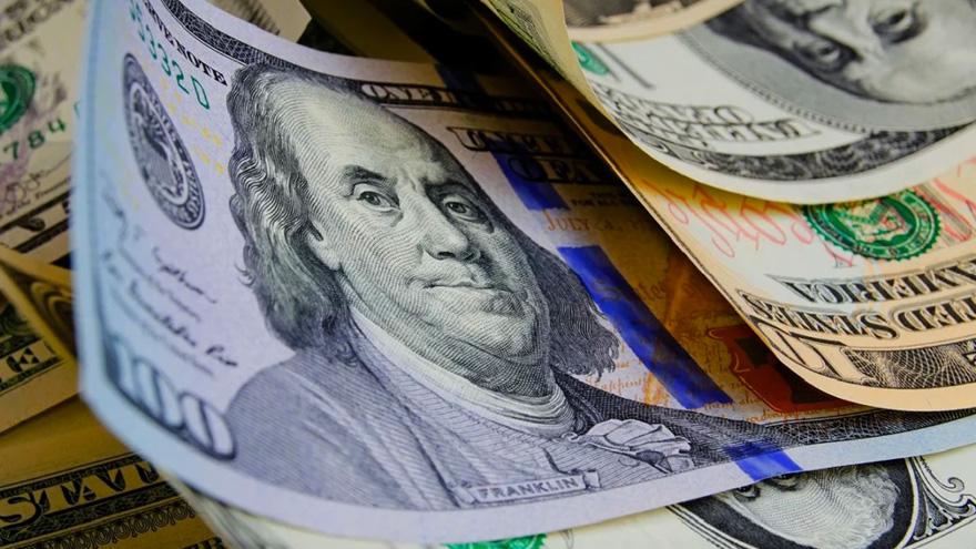 Economía obtuvo financiamiento por $254.672 millones a través de bono atado al dólar y otros títulos