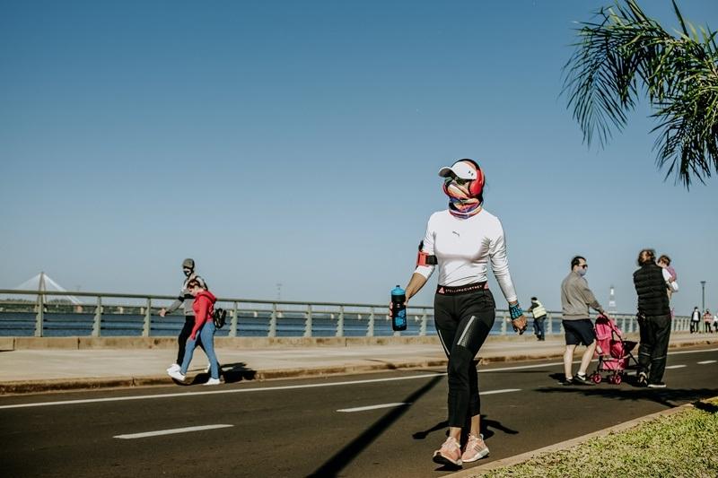 Los posadeños disfrutaron de la jornada de caminatas en la Costanera Parque