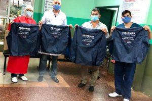 Distribuyen indumentaria destinada a los servicios de emergencias de la red pública de salud