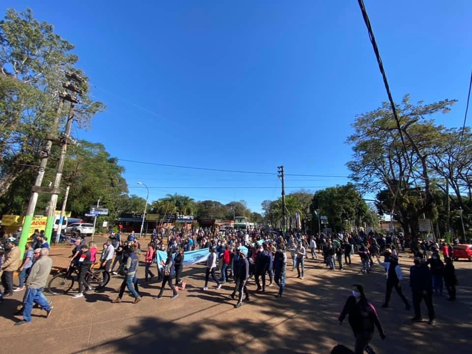 Vecinos autoconvocados de Puerto Iguazú piden al Gobierno Nacional el tratamiento de la Ley de Emergencia Turística