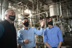 El Vicegobernador visitó el Sindicato de Tareferos y Montecarlo Citrus